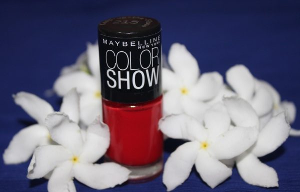 Maybelline Color Show Nail Paint- Keeping Up The Flame Review