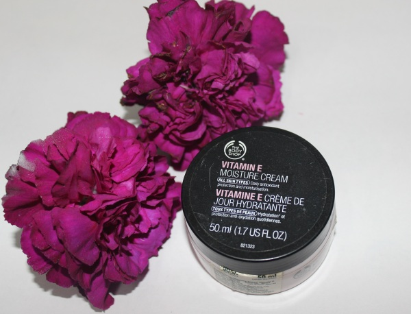 The Body Shop Vitamin E Moisture Cream Review